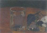 opstilling med glas og blomster by eduard huus