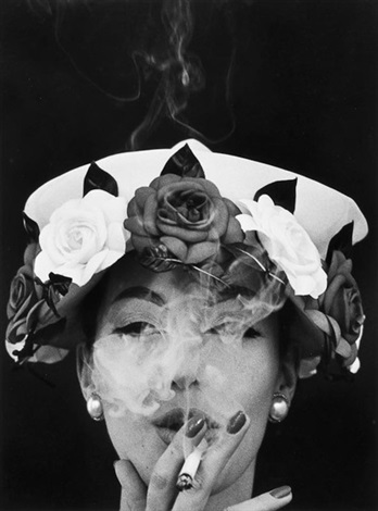 hat and five roses paris by william klein