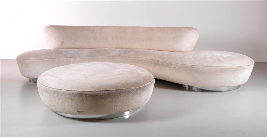 A Large U201cserpentineu201d Sofa And Pouf By Vladimir Kagan