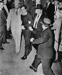 ruby steps out of crowd, thrusts gun at oswald by jack beers