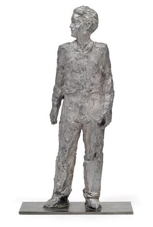 stehender mann by stephan balkenhol