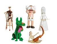 art toys by yue minjun