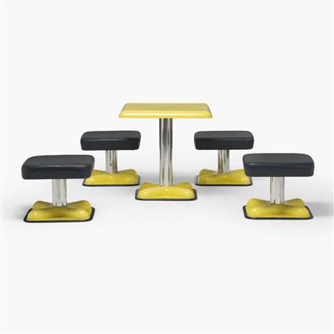 birillo dining set by joe colombo