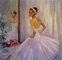 la ballerine pendant l'etracte by olga smirnova