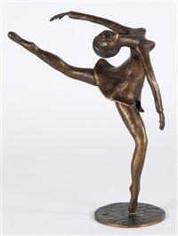 tanzendes mädchen in kurzem kleid in stark bewegter haltung by meta (maria theresia) mettig von ellenberger