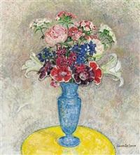 bouquet dans un vase bleu by léon de smet