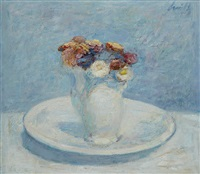 ranonkels in porseleinen vaas op onderschotel by gerhard arnold christiaan smith