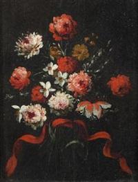 mazzo di fiori con nastro rosso by margherita caffi