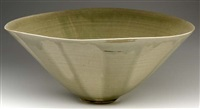 flaring bowl by mary roehm