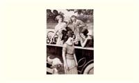 en 1921: celles qui prennent leur torpédo 20 hp pour aller au tennis by louis rémy sabattier