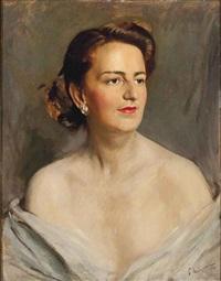 an elegant lady by pietro annigoni