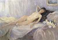 le nu sur le canapé by olga smirnova