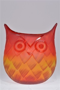 who give s a hoot vase by blenko glass company