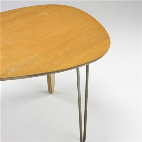 rudder dining table model in 20 by isamu noguchi