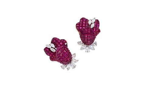 pair of earclips by aletto brothers co