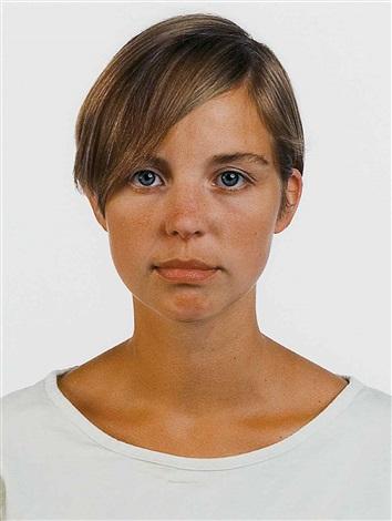 retrato i graw by thomas ruff