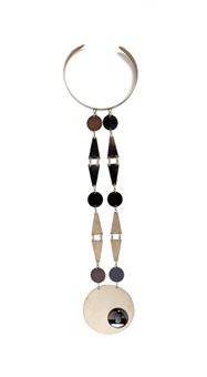 collar/necklace by pierre cardin