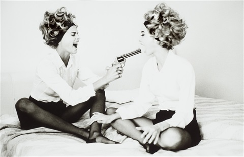 linda and christie with toy gun cannes by ellen von unwerth