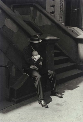 man on stoop holding baby by roy decarava
