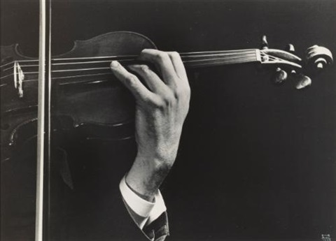 szymon goldbergs hands in concert by ilse bing