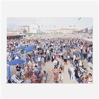 viareggio air show (from the landscapes with figures portfolio) by massimo vitali