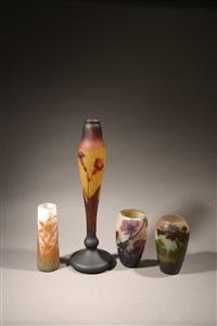 vase cônique à décor de narcisses by émile gallé