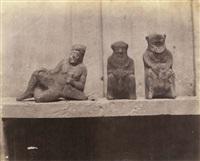 ensemble de huit photographies: objets des fouilles (8 works) by anonymous (19)