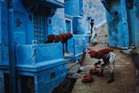 jodhpur, india (fruit vendors) by steve mccurry