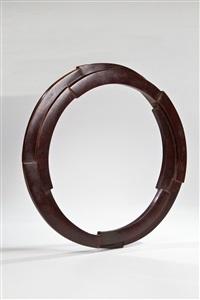 zwei unterbrochene und verhakte ringe by peter jacobi