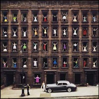 models in windows, new york city by ormond gigli