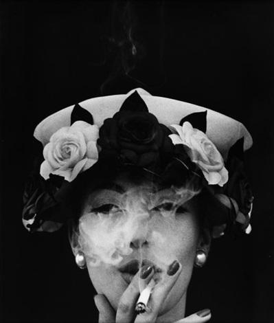 hat + five roses, paris vogue by william klein