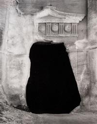 petra - tomba del soldato romano by mimmo jodice