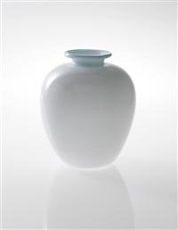 large vase by tomaso buzzi