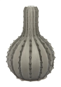 dentele vase by rené lalique