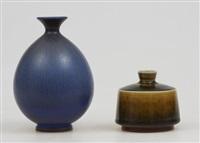 vaser, två stycken (set of 2) by berndt friberg
