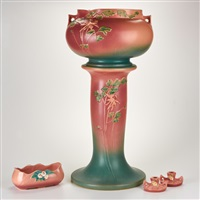 pink columbine jardinière and pedestal (655-10), mock orange console bowl (931-8) and pair of candleholders (951-2) (5 works) by roseville