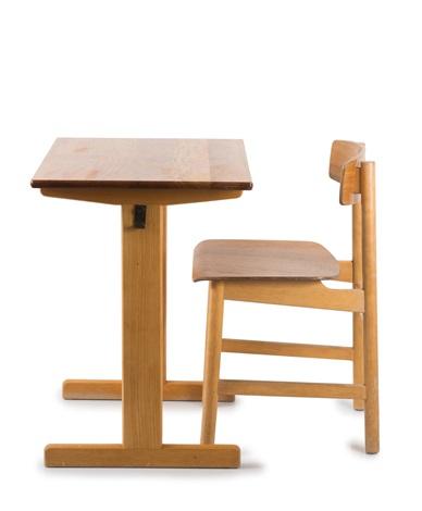 Schultisch mit stuhl  Schultisch und Stuhl by Børge Mogensen on artnet