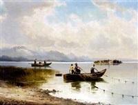 fraueninsel im chiemsee mit fischerbooten by helmut stadelhofer