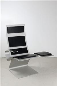 prototyp airport chair mit ablagefläche by werner sobek
