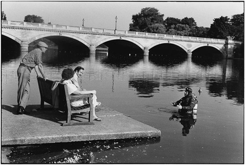 hyde park london by elliott erwitt