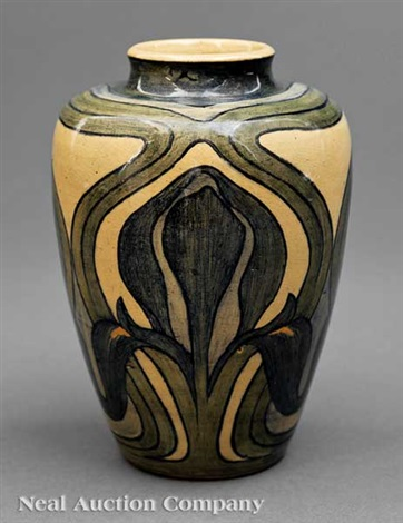 vase decorated by marie de hoa leblanc by newcomb college pottery