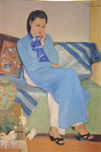 jeune femme en robe bleue by luong xuan nhi