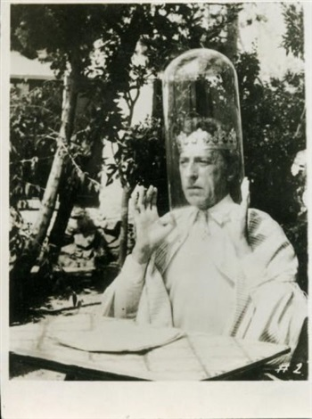 jean cocteau dans sa scène pour eight by eight by arnold eagle