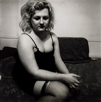 transvestite with a torn stocking, nyc by neil selkirk and diane arbus