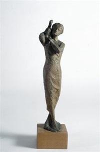 piccolo bronzo (donna con volatile) by quinto martini