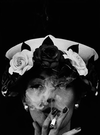 hat and five roses by william klein