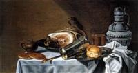 stilleben mit einem grossen schinken, silberbecher, zinnteller, brötchen, westerwälder krug sowie senftöpfchen und messer by pieter van berendrecht