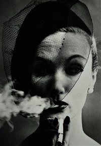 smoke & veil, paris (vogue) by william klein
