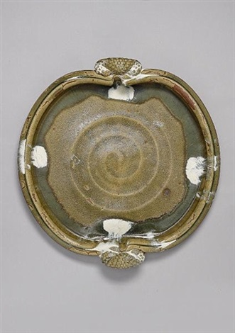 a monumental platter by takeshi yasuda