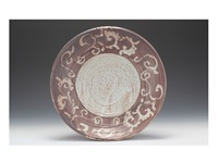 tetsu shino large plate with arabesque design by ken matsuzaki